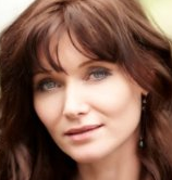 Actor Essie Davis