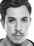 Actor Beau Knapp