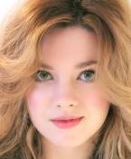 Actor Evie Wray